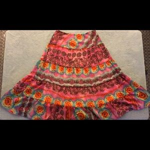 Dresses & Skirts - Woman's skirt Multi colored 30in long size 7